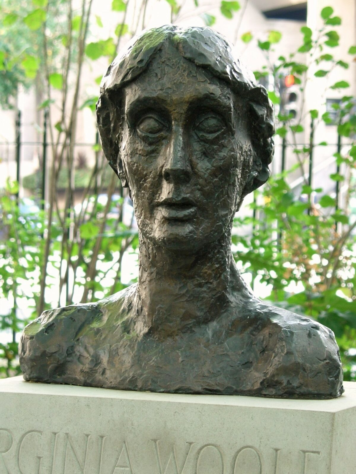 Nicolas Boileau : Woolf's feminisms – peace, freedom and subjection